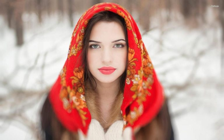 How Foreigners Should Communicate with Russian Women